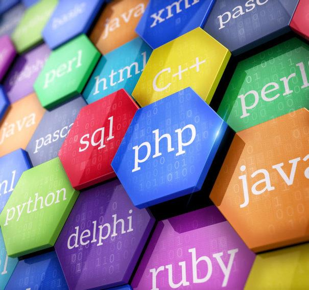 تعرف على أفضل لغات البرمجة لتصميم الألعاب وتطبيقات الموبايل والبرامج والمواقع 2020